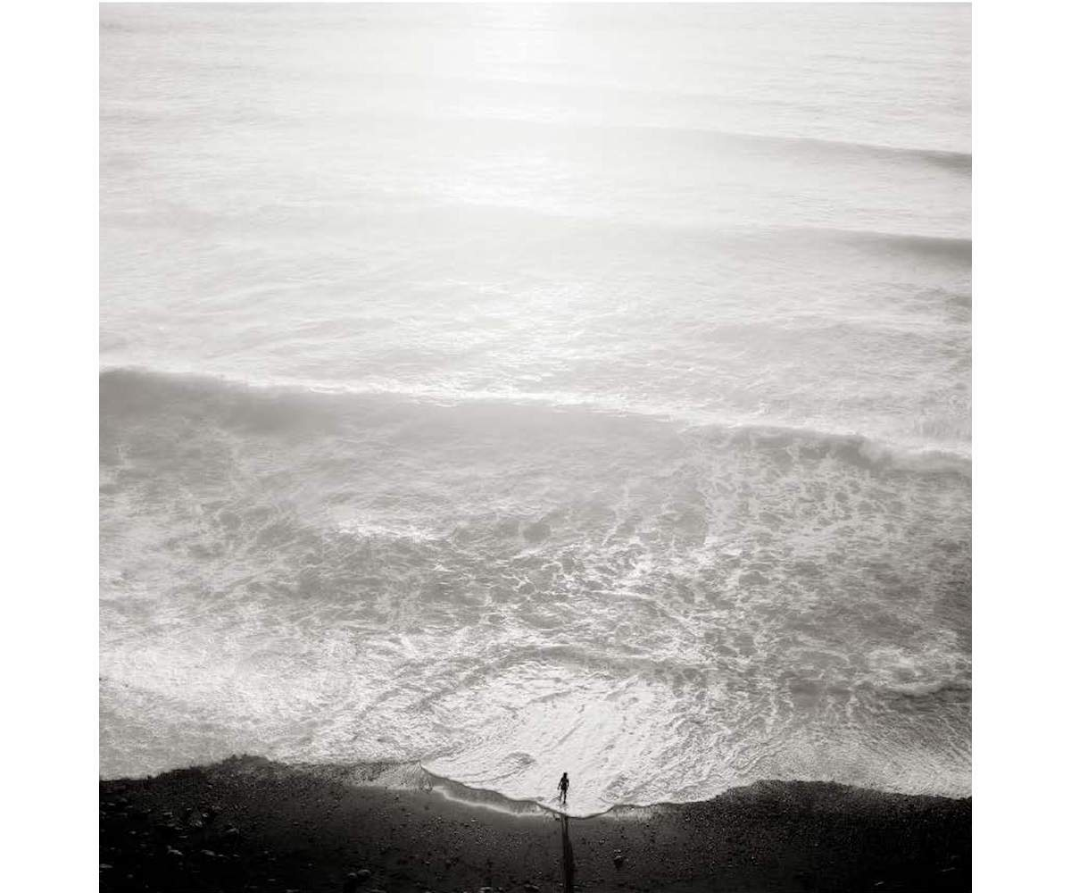 igure and Tide, 2001, Platinum Palladium print, 30 x 30 cm, Edition of 20, ©Jeffrey Conley, Courtesy Bildhalle