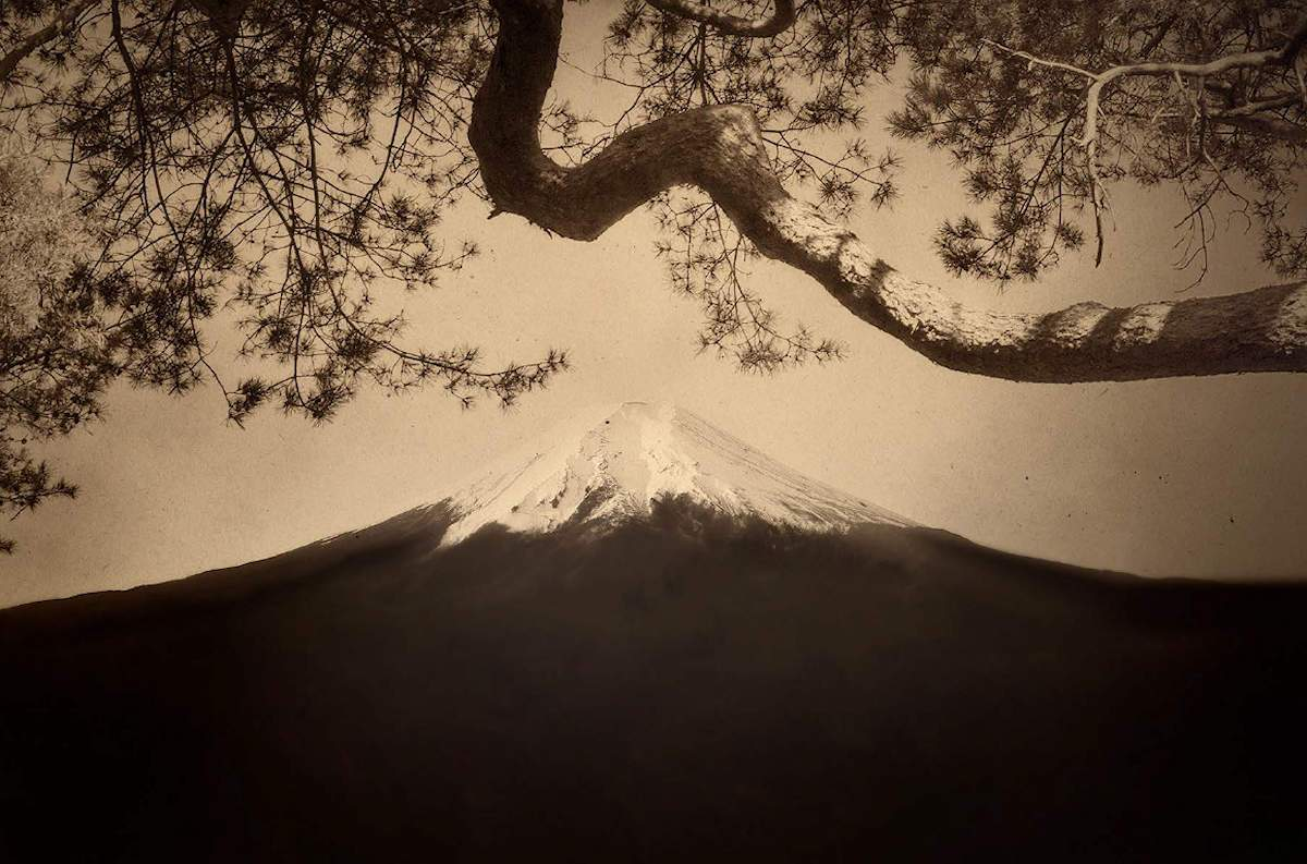 Mount Fuji #12, 2019, Hand made Chine-collé print on Mitsumata Washi paper, 51 x 65 cm, Edition 3 & 2 AP, Also available: 28 x 39 cm, Edition 10 & 2 AP, ©Paul Cupido / Courtesy Bildhalle