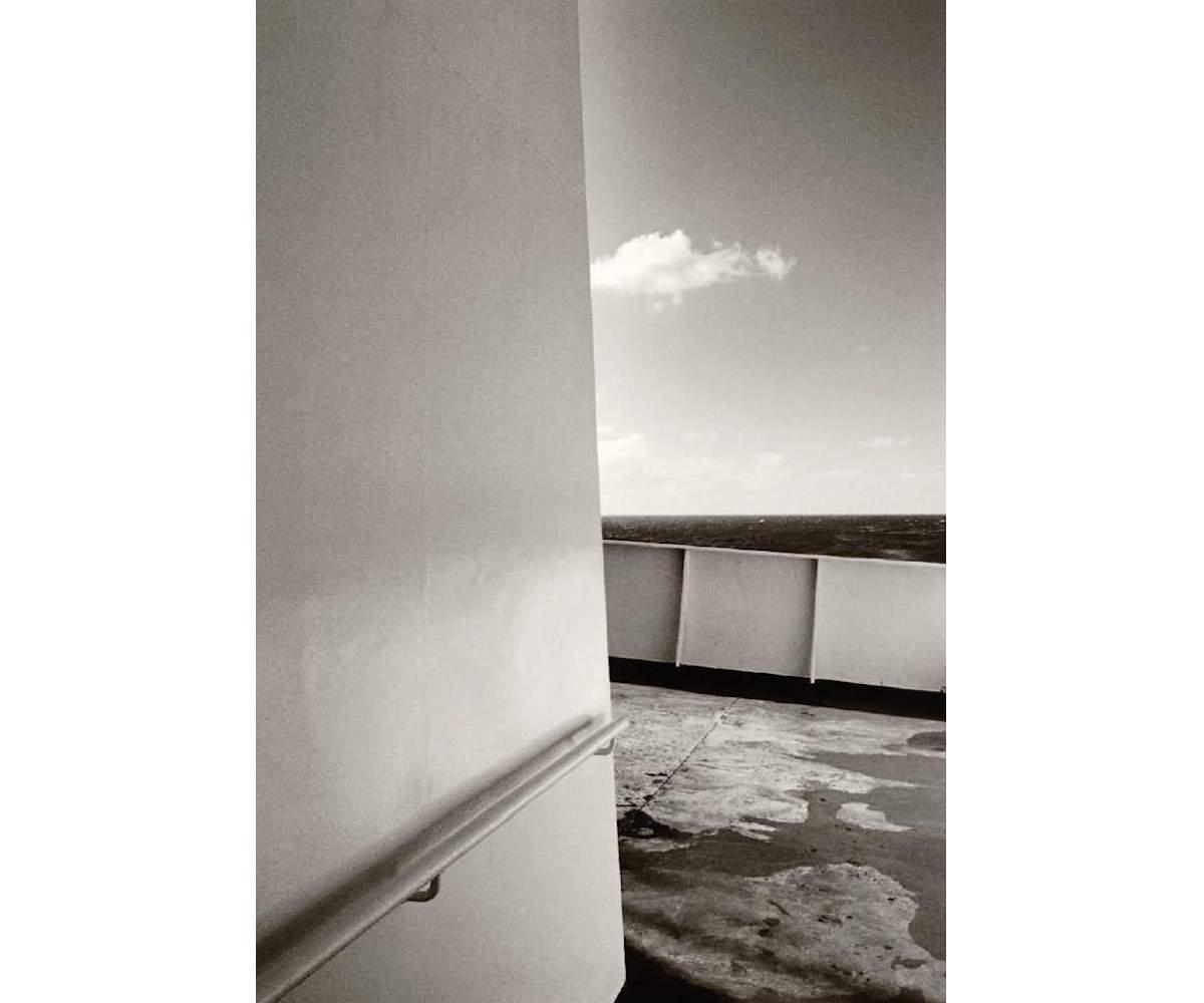 Im Licht, Cloud Corner Ocean, Analogue Silvergelatine print, 25.1 x 20.4 cm, Edition 25, printed by the artist, ©Max Kellenberger, Courtesy Bildhalle