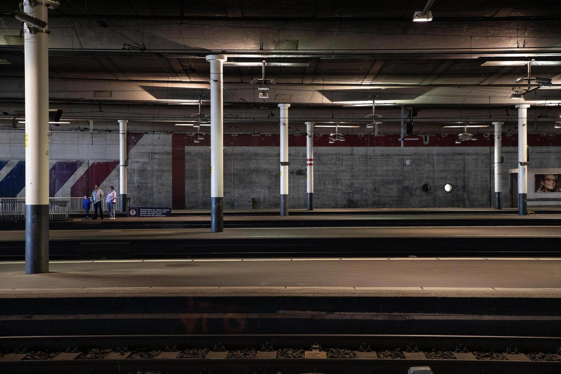 Impression aus dem Bahnhof Bern am 17. März 2020. Foto: Christian Pfander